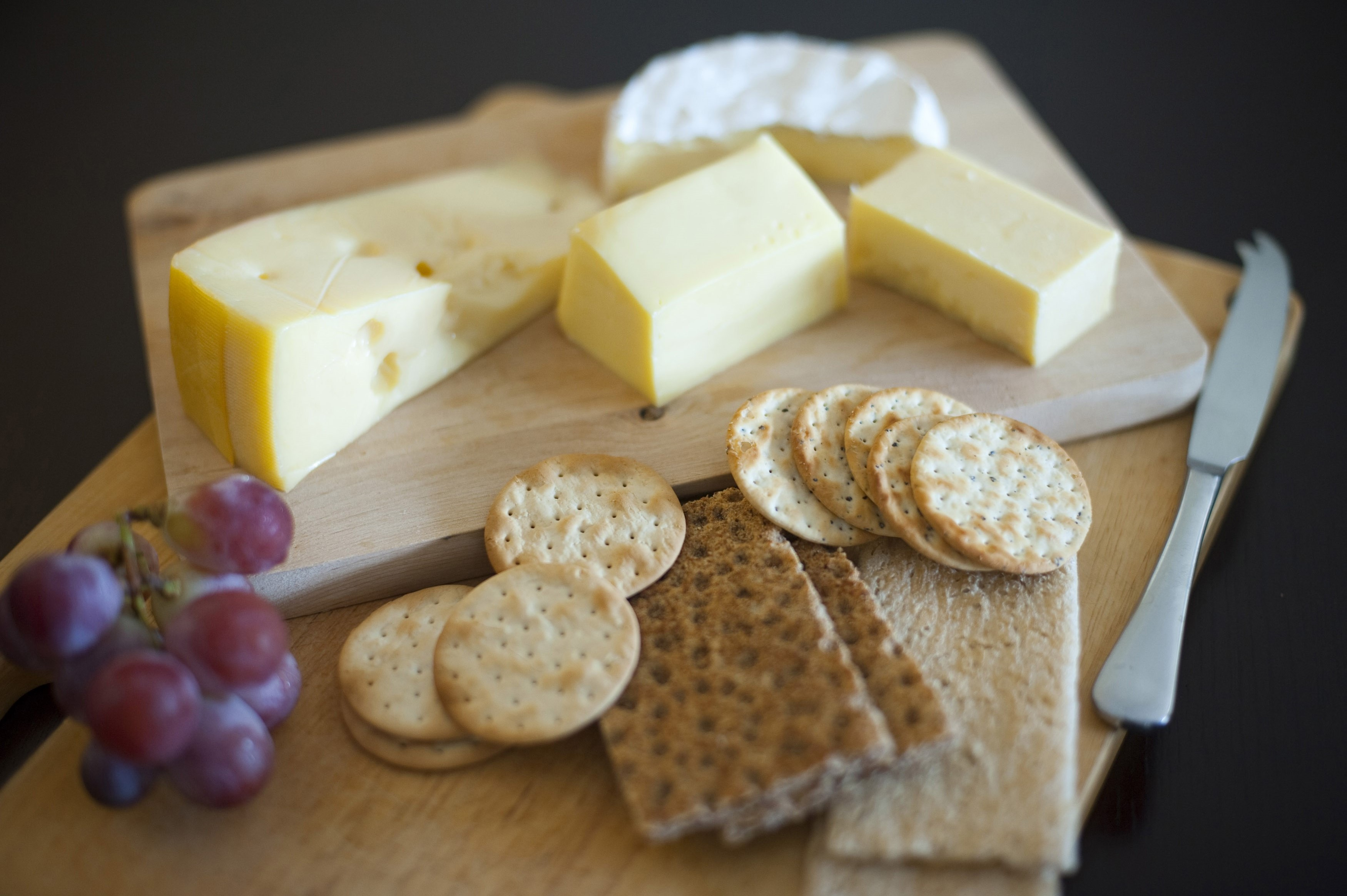 Cheese and biscuit platter - Free Stock Image
