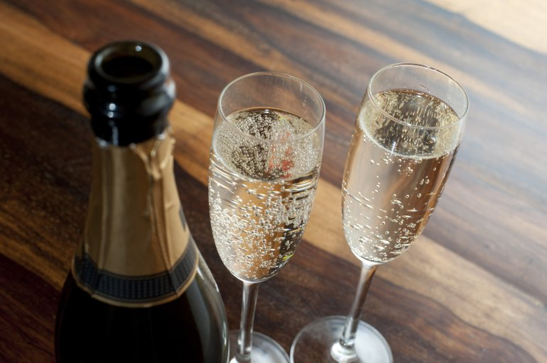 Two Flutes Of Chilled Champagne Free Stock Image