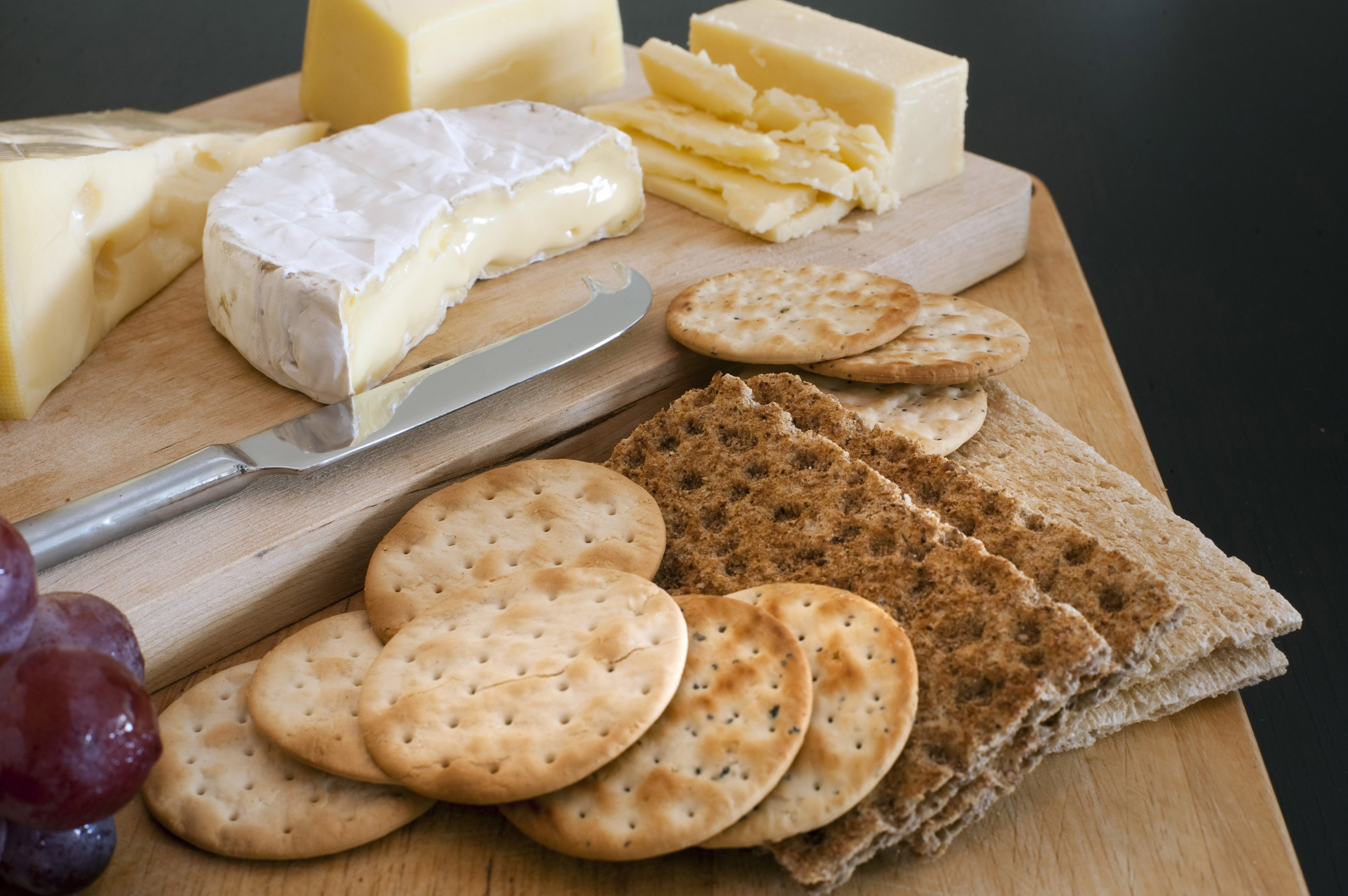 Cheese Platter With Assorted Cheeses Free Stock Image
