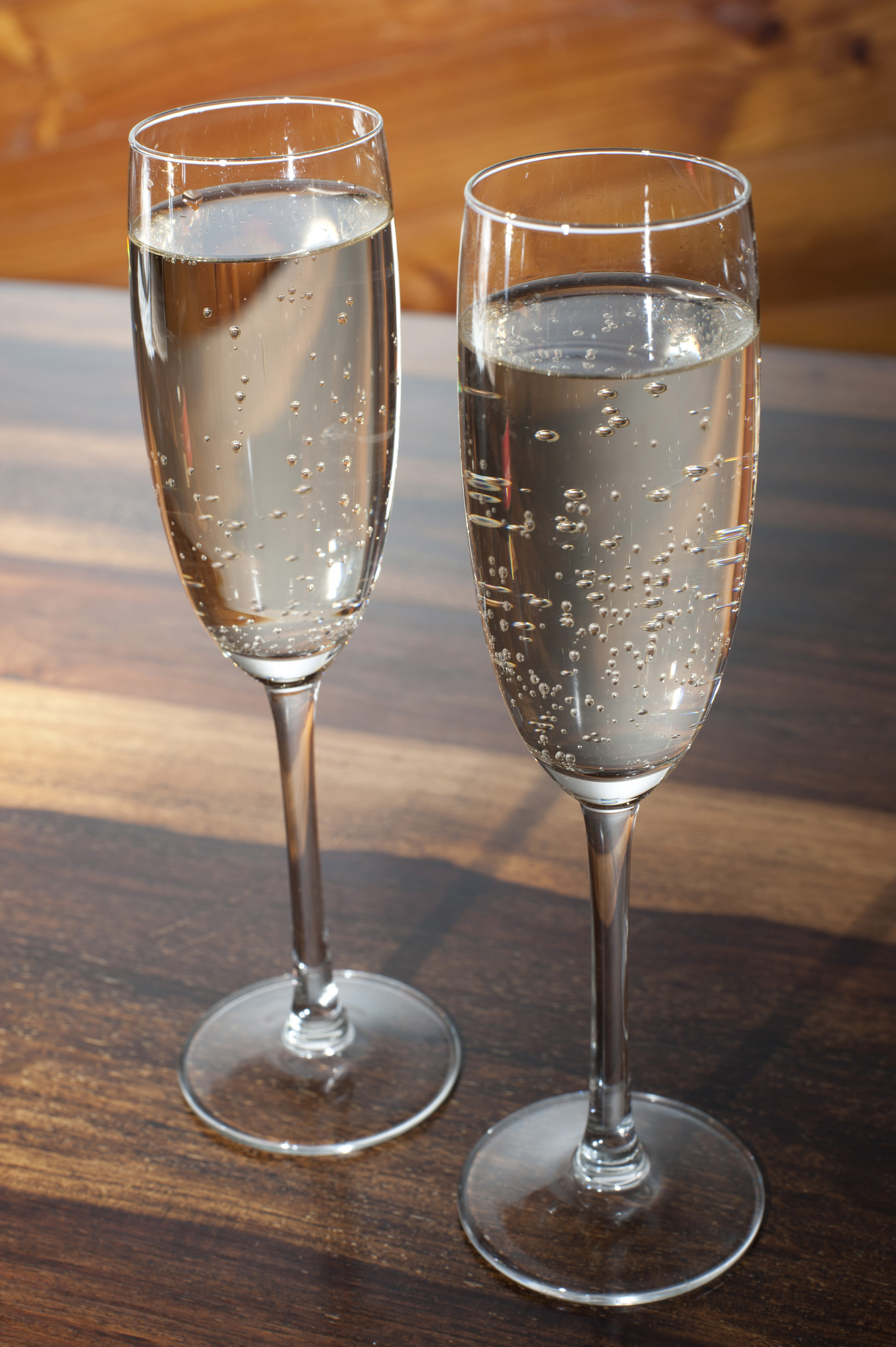Two Full Flutes Of Romantic Champagne Free Stock Image